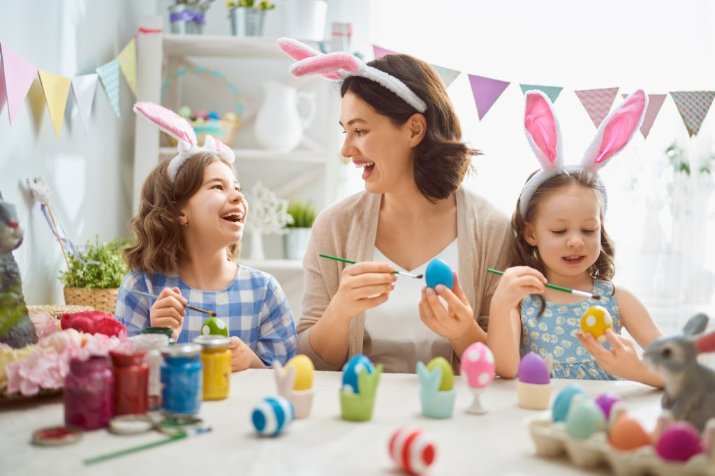 Osterbasteln mit Kindern