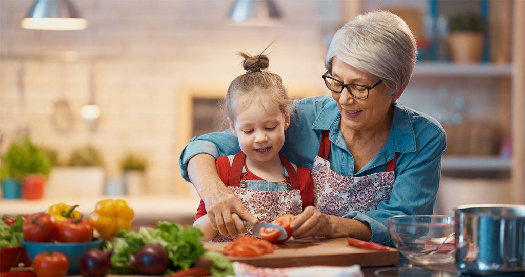 Was-sind_antioxidantien_gesunde-ernaehrung_ganze_familie